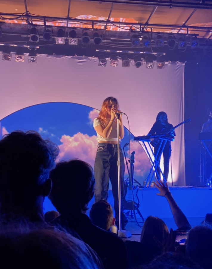 Artist+Clairo+performs+at+Turner+Hall+Ballroom.+Both+the+performance+itself+and+the+visuals+made+it+a+memorable+show.+