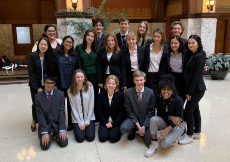 Shorewood Mock Trial poses at regionals on February 8. The Red Team will move on to state in March.