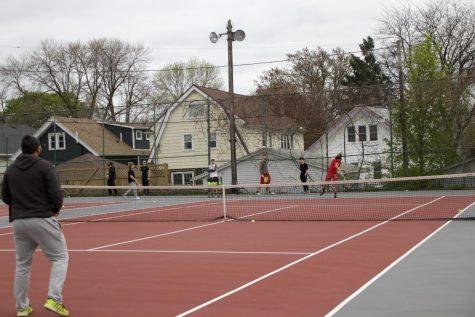 Boys tennis make their return